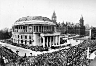 Crowds flock to the opening of Central Library in July 1934